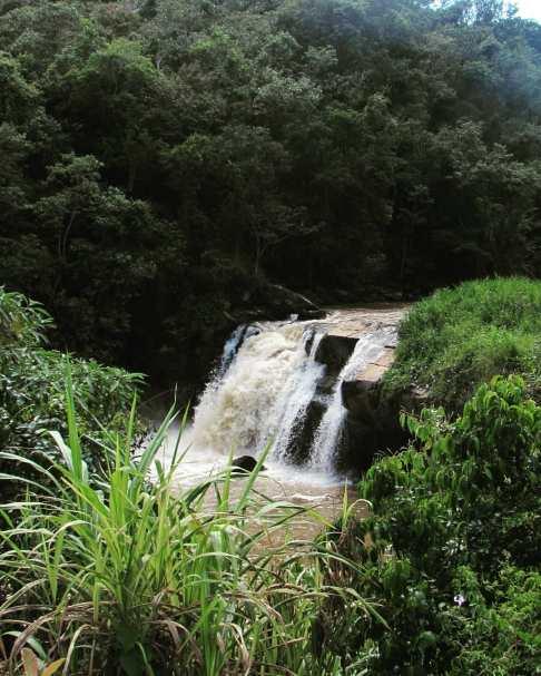 cachoeira das andorinhas monte alegre do sul