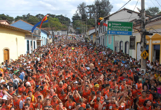 carnaval de rua santana de parnaíba